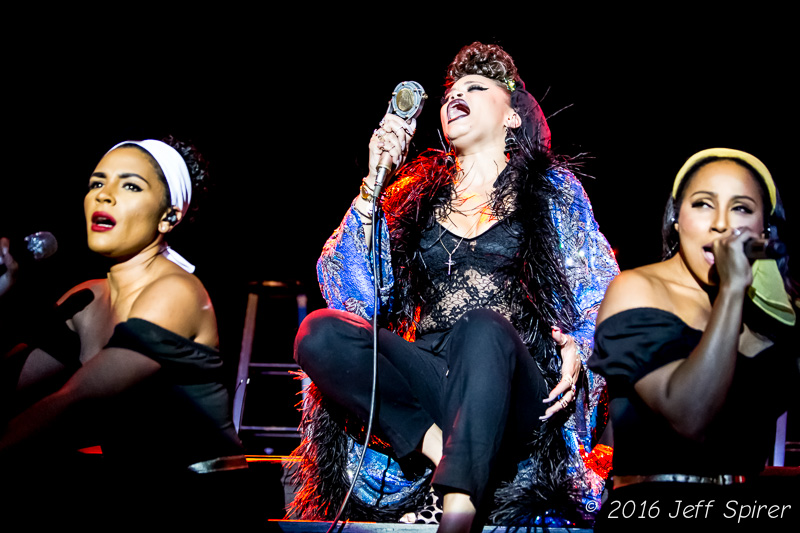 Andra Day Inspires The Fillmore