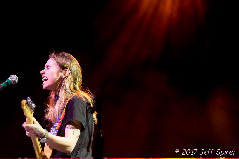 http://julienbaker.com/